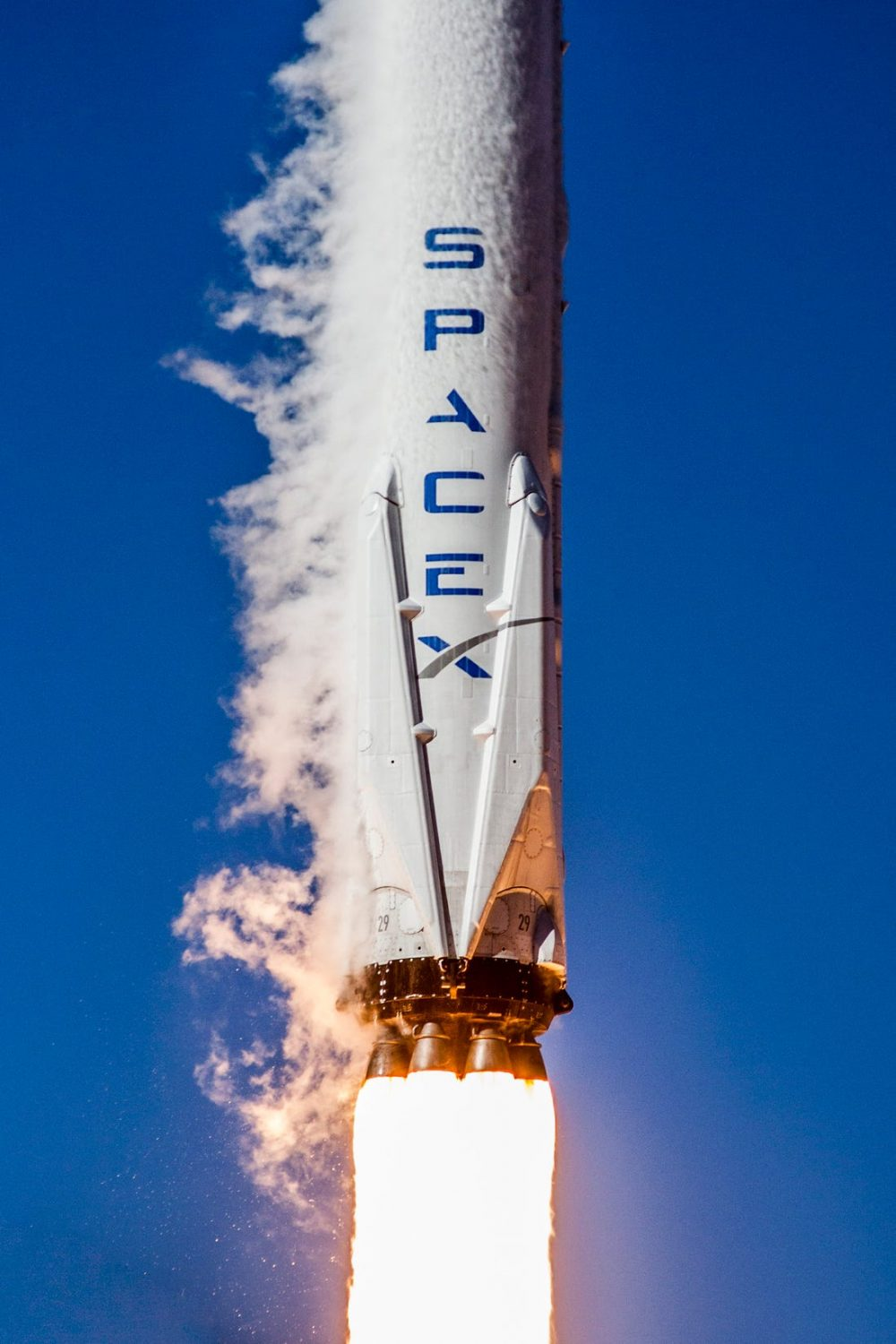 Hydra-310, SpaceX time capsule, will be launched to orbit featuring locally selected artwork